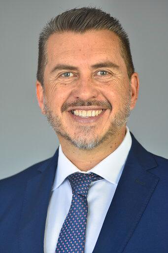 Dip. José Hugo Cabrera Ruiz