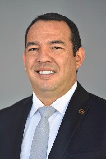 Dip. Roberto Carlos Cabrera Valencia