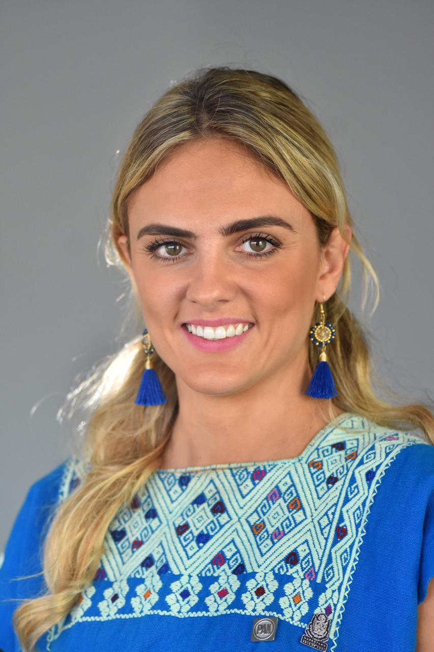Dip. Tanía Palacios Kuri